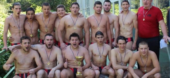 Шампионски триумф при мъжете