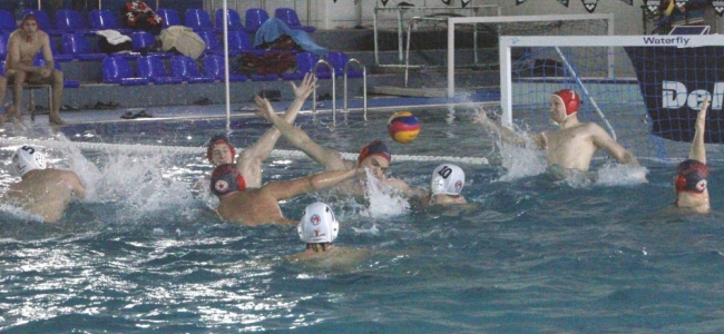 Локомотив НН поведе убедително след първия финал при мъжете