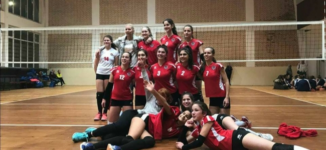 Момичетата U15 драматично отпаднаха от финалите на държавното първенство