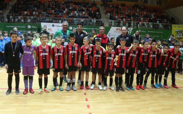 Децата от набор 2008 спечелиха бронз от международния детски турнир в Панагюрище